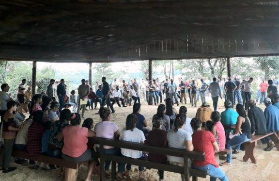 El gobierno intentará negociar con Colonizadora Misionera y evitar un desalojo en Pozo Azul