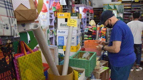 Librerías proyectan ventas graduales de útiles en 2021