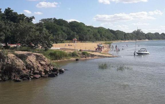 Bajante: el río Paraná oscilará entre los 0.80 y 1 metro en Ituzaingó