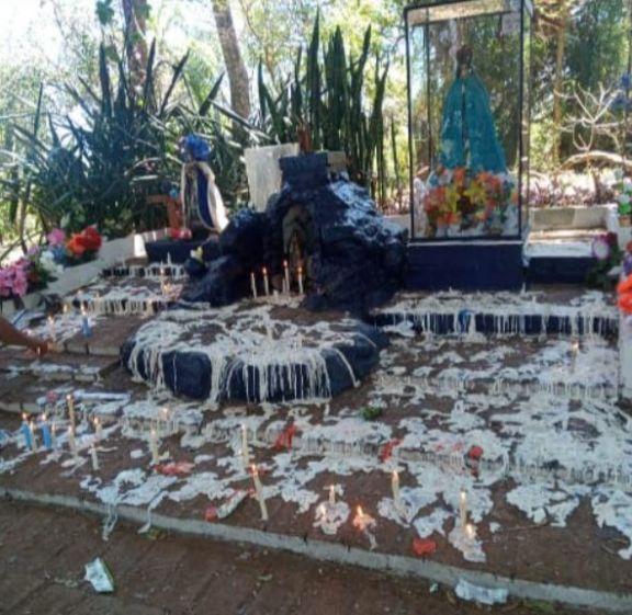 Un centenar de personas visitaron la Virgen del Cerro en Montecarlo