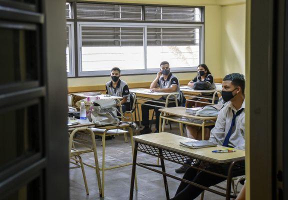 Sedoff, sobre las clases 2021: proyectan regreso a las aulas divididos en grupos por semana