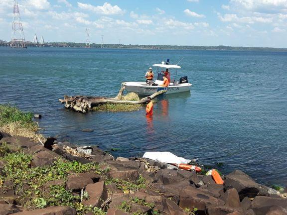 Se ahogó mientras se refrescaba en el Paraná, en inmediaciones de la estación del tren internacional