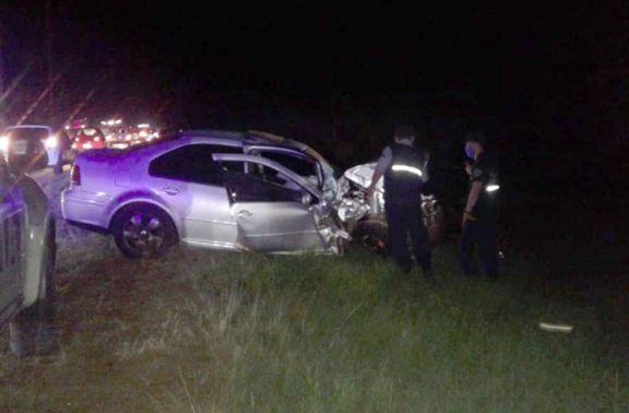 Triple colisión sobre la ruta 12 dejó un muerto y varios heridos