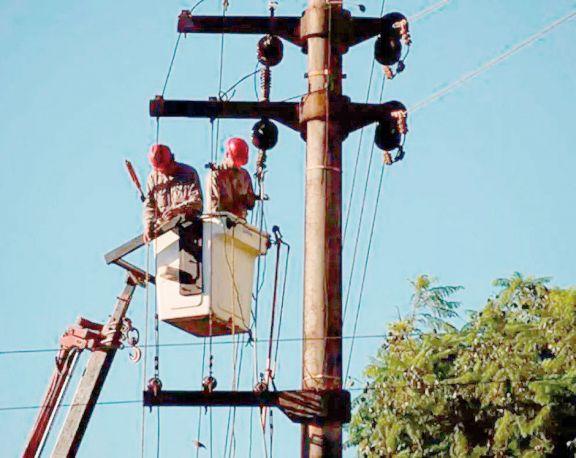 Cooperativas plantean suba de tarifas eléctricas