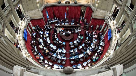 Aborto: el Senado busca emitir dictamen para que se discuta en el recinto el martes 29