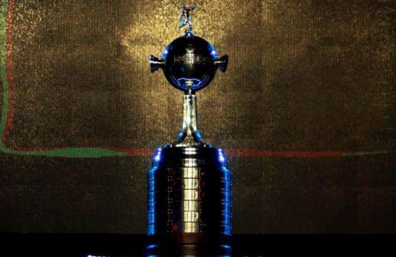 La Conmebol definió los días y horarios de los cruces de semifinales