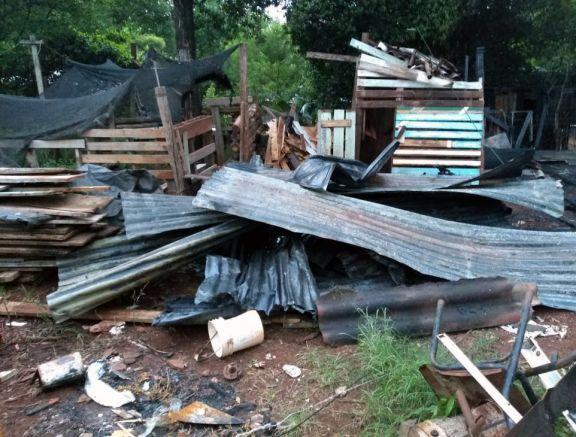 Oberá: una vivienda fue arrasada por completo en un incendio