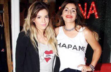 Dalma y Gianinna: un tatoo en honor al 10