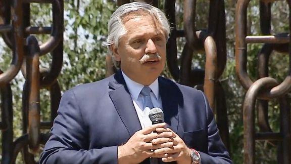 Alberto Fernández prepara tres proyectos de ley para beneficio de veteranos de la guerra de Malvinas