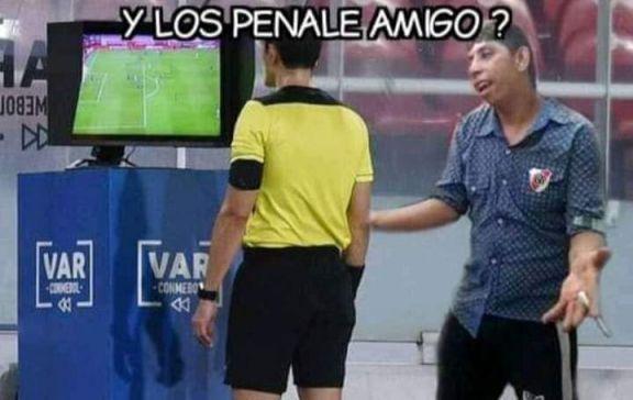 Reconocimientos y polémicas, los mejores memes del partido  River-Palmeiras