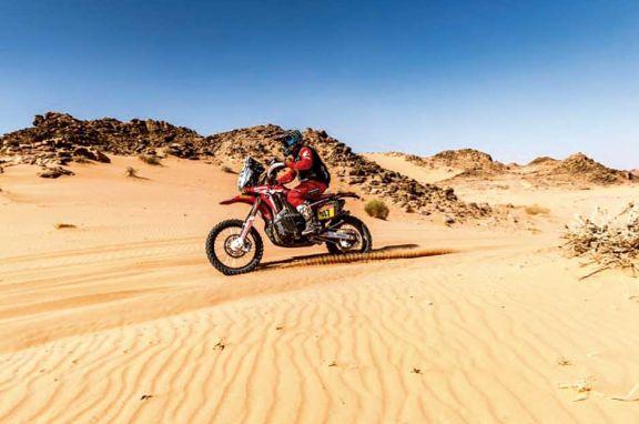 Dakar 2021: El salteño Kevin Benavides lidera en motos