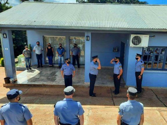 Bernardo de Irigoyen: Cambio oficial de jefes en comisarías y divisiones de la URXII
