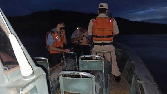Buscan a tres hermanos que desaparecieron en el Paraná