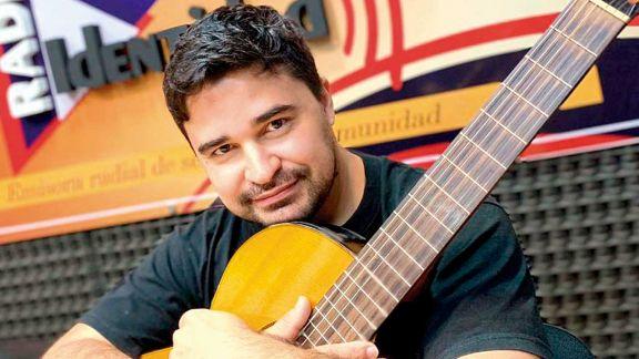 Ezequiel Garrido y una canción por la memoria