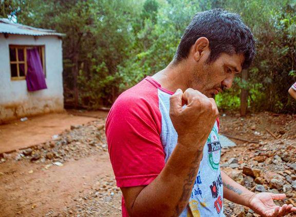 Horror en Garupá: apuñaló a su pareja y su hija de 4 años