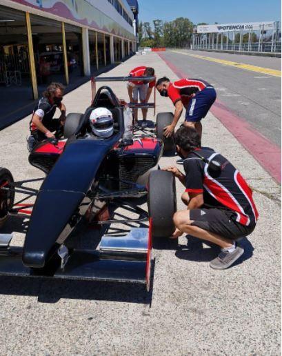 Grimaldi comenzó una semana de intensos entrenamientos con el Fórmula Renault 2.0