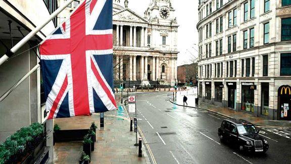 En pleno confinamiento, Reino Unido analiza un cierre total de sus fronteras