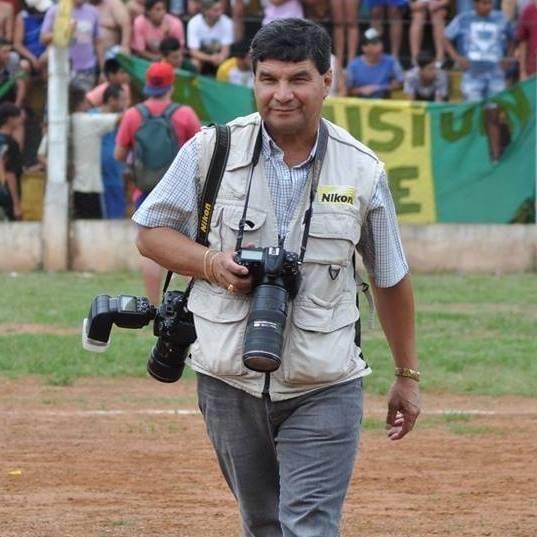 Funcionarios de Parques le retienen la cámara a un fotógrafo por sacar fotos en Cataratas