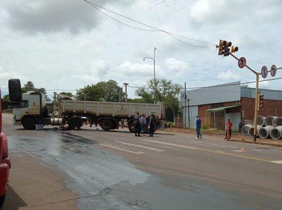 Motociclista falleció al chocar contra un camión en Posadas