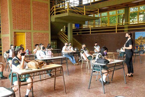 Misiones ratificó el regreso a clases bajo la modalidad mixta