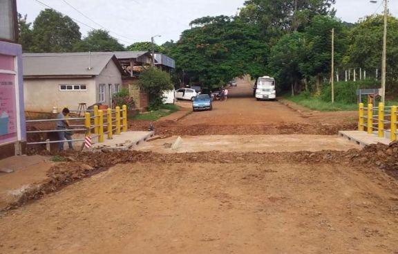 Habilitan un nuevo puente sobre el arroyo Del Pueblo en El Soberbio