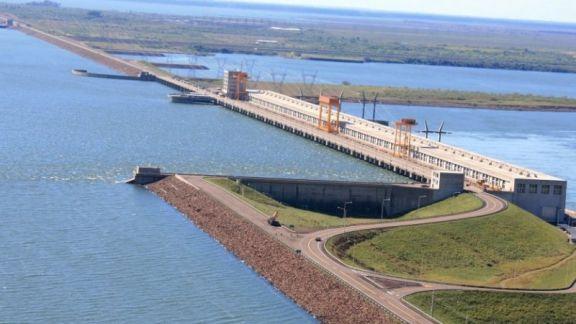 Se recupera el caudal del Paraná, crece la producción y la demanda de energía
