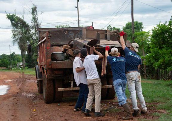 Dengue: encaran campaña de descacharrado y fumigación en San Javier