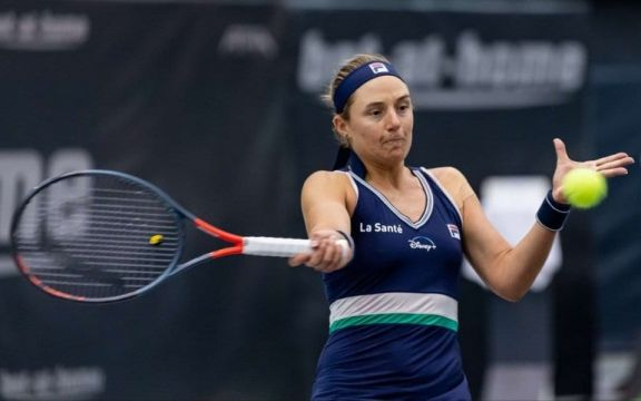 """La """"Peque"""" Podoroska avanza en el WTA 500 de Australia"""