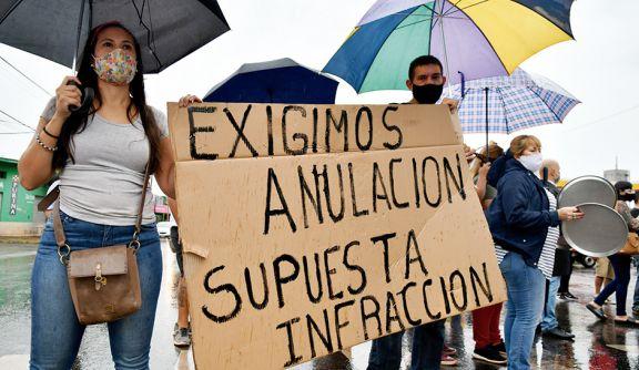 Fuerte protesta contra la ilegalidad de las fotomultas