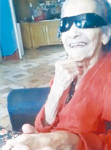 Anciana de 90 años recuperó su jubilación después de cinco años