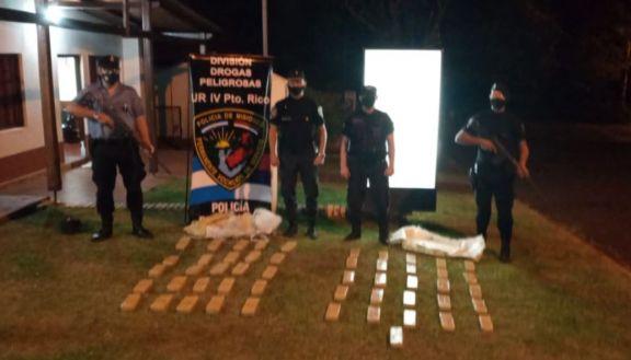 Hallaron más de 50 panes de marihuana en una chacra de Colonia El Bolsón en Garuhapé