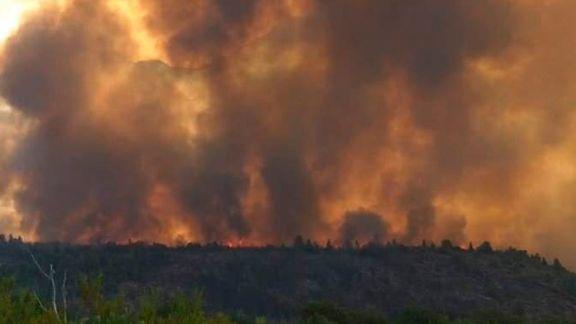 El Bolsón: refuerzan el apoyo para combatir el incendio y declaran el estado de emergencia