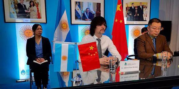 Argentina acelera acuerdos para impulsar fabricación de autos eléctricos