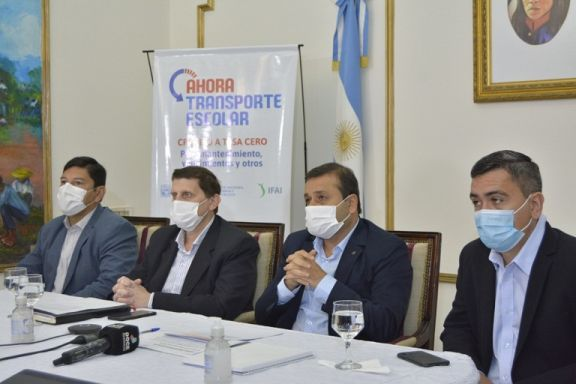 Herrera Ahuad anunció el programa Ahora Transporte Escolar