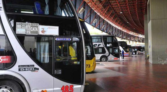 El Gobierno otorga compensación de emergencia al transporte de larga distancia