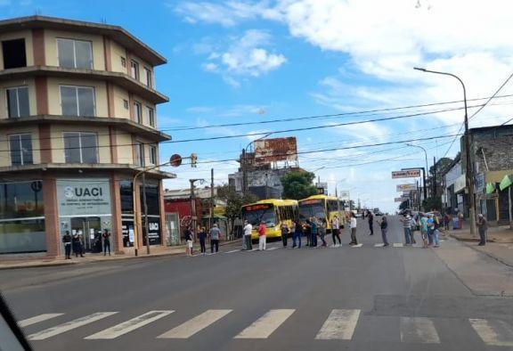 Automovilistas de Posadas continúan con el reclamo en contra de las fotomultas