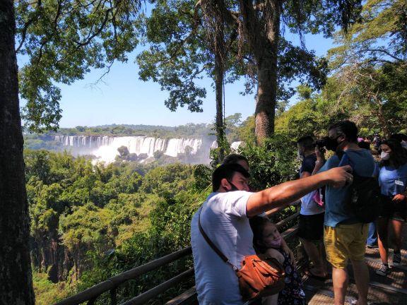 Fin de semana largo: más de 83 millones de pesos dejó el turismo en Misiones