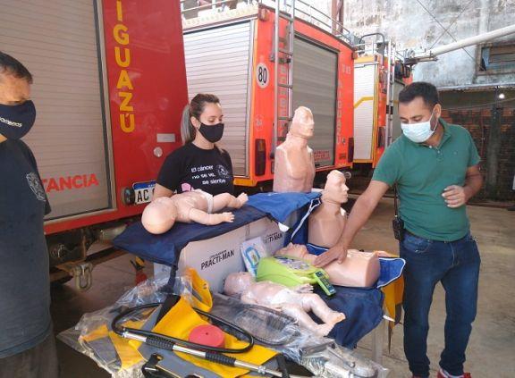 Bomberos Voluntarios de Iguazú adquieren equipamiento para capacitar a la comunidad en RCP