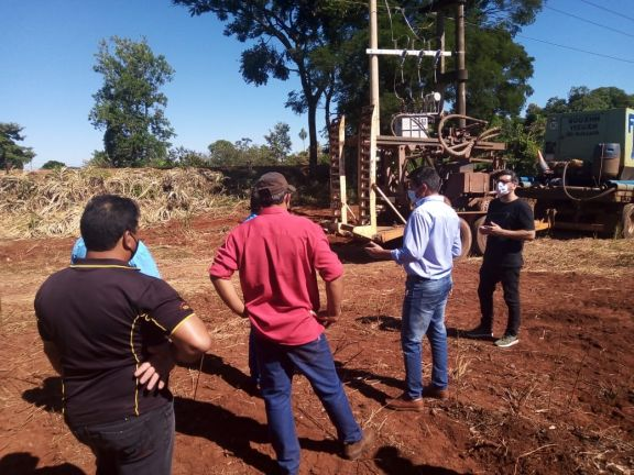 Pozo Azul: Vecinos celebran inicio de obra hídrica en Portón Viejo