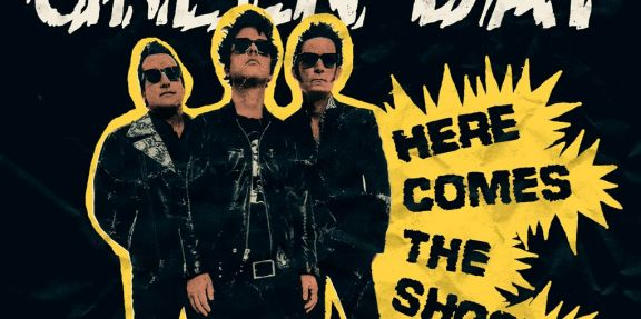 Green Day estrenó 'Here comes the shock'