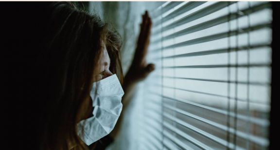 Aumentan consultas por estrés y ansiedad en pacientes que han padecido Covid-19