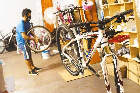 Services de bicicletas muy solicitados y con turnos para varias semanas