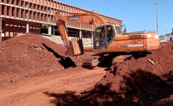 Jardín América:  continúan las obras en el acceso al nuevo hospital