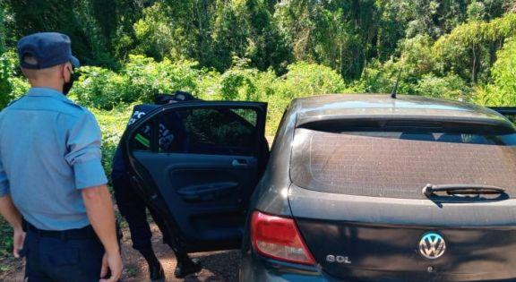 Encuentran el auto que había sido robado a matrimonio en El Soberbio