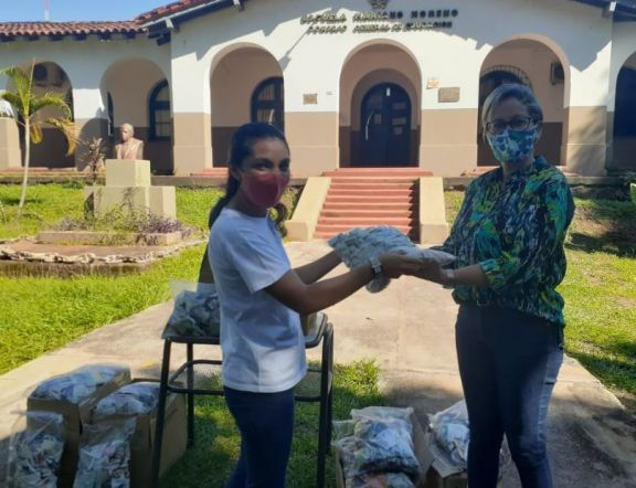 Entregaron más de 2.500 jabones a la Secretaría Escolar del Departamento Iguazú
