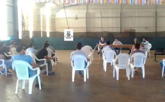 Productores de Pozo Azul cultivarán más de veinte hectáreas de mamón
