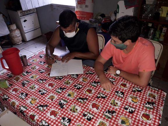 San Pedro: Escuela de fútbol suma profesores de educación física