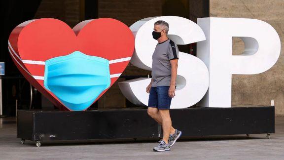 El estado brasileño de Sao Paulo inicia un cierre total para frenar los contagios de coronavirus