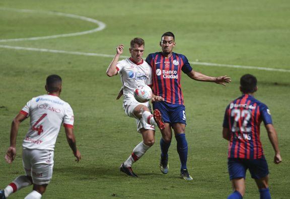 San Lorenzo y Huracán empataron el clásico en el Nuevo Gasómetro