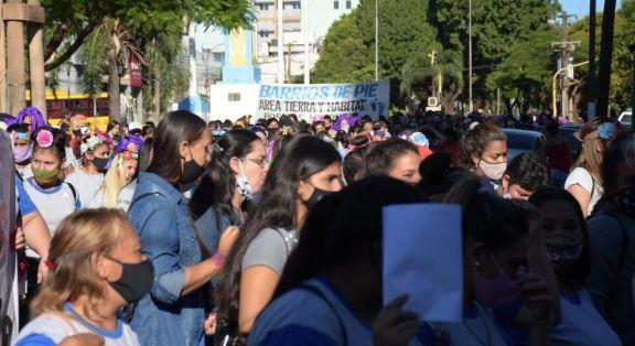 """Marcha de las mujeres en Posadas: """"si peleamos juntas, somos más fuertes"""""""